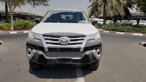 $ TOYOTA FORTUNER 2.4L DIESEL, A/T, MY20 2.4L 32,700