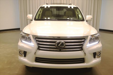 For sale USED 2015 Lexus LX 570 SUV WhatsApp. +2349077733480